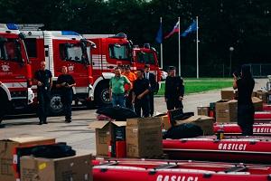 Župan Ljubljane ter poveljnika Gasilske brigade LJ in Gasilske zveze LJ med primopredajo